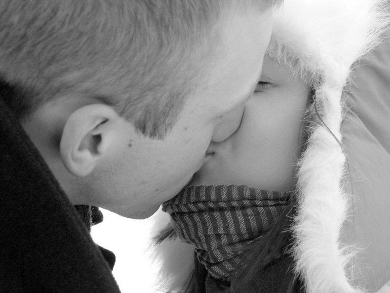 Salta ziemos diena sildo tik mylimosios bucinys