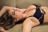5 požymiai, kad jos krūtys – netikros