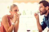 Apie ką nekalbėti pirmojo pasimatymo metu?