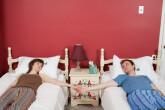 Gyvenate kartu, miegate atskirai...