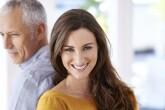 Santykiai su daug vyresniu partneriu. Ką vertėtų žinoti?