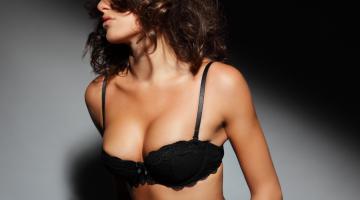 Vyriški patarimai moterims: kaip geriau jiems apsukti galvas lovoje