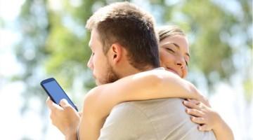 Ką daryti, jei mano draugę išnaudoja vaikinas?