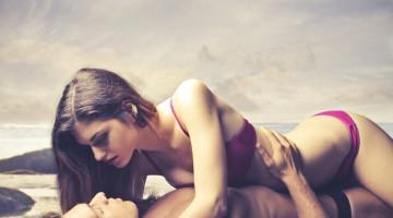 6 pozos, padėsiančios jai greičiau pasiekti orgazmą
