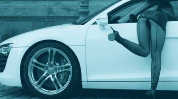 Seksas automobilyje: kodėl žmonės tai daro?