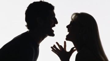 Dažniausios frazės, kurių neverta sakyti susipykus