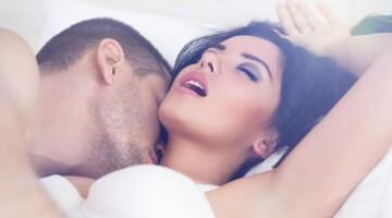 Apie ką mąsto žmonės sekso metu?