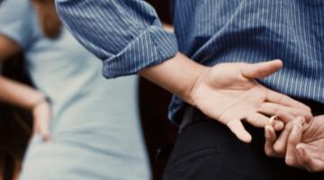 7 ženklai, rodantys mikro neištikimybę