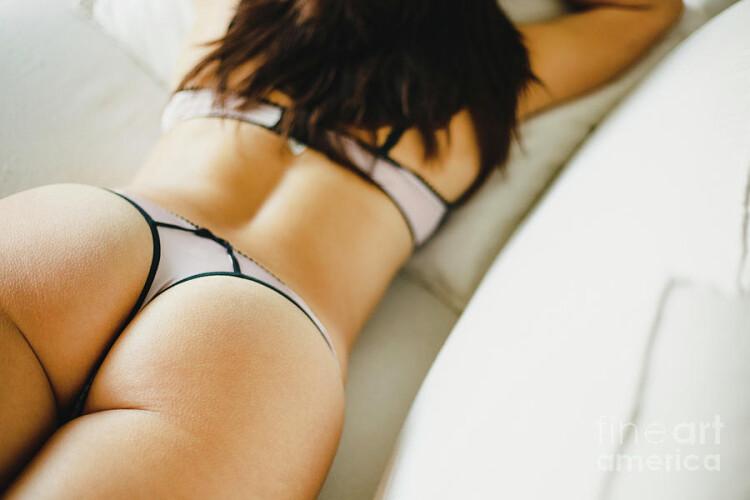 1-beauty-girl-with-black-thong-panties-showing-sexy-ass-back-view-joaquin-corbalan.jpg