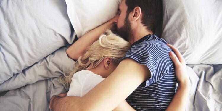 11-063029-best_sleep_positions_for_couples(1).jpg