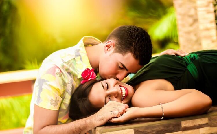 couple-1612679_960_720.jpg