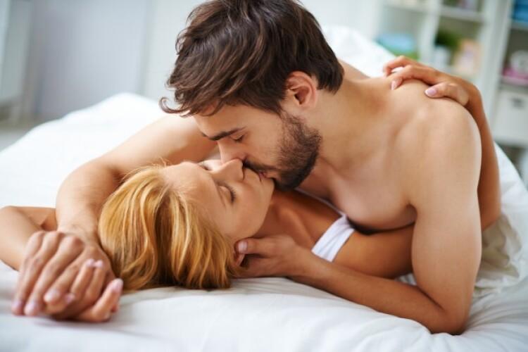 couple-love-kissing-bed_1098-277(1).jpg