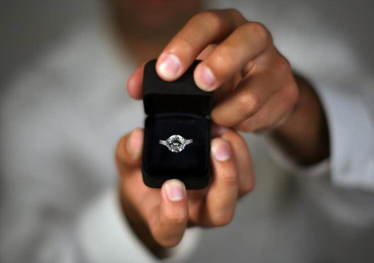marriage-proposal-engagement-ring.jpg