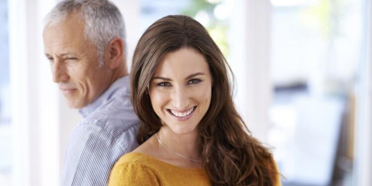 o-OLDER-MAN-YOUNGER-WOMAN-facebook(1).jpg